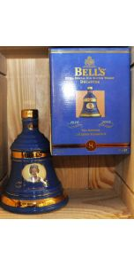 Bell's - Ceramic bell decanter - Blend - QE II 75th 1926-2001 - 700 ml - 40% vol - Whiskey - M&M Personal Vintners Ltd